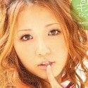 酔うとキス魔になっちゃうの。 友田彩也香